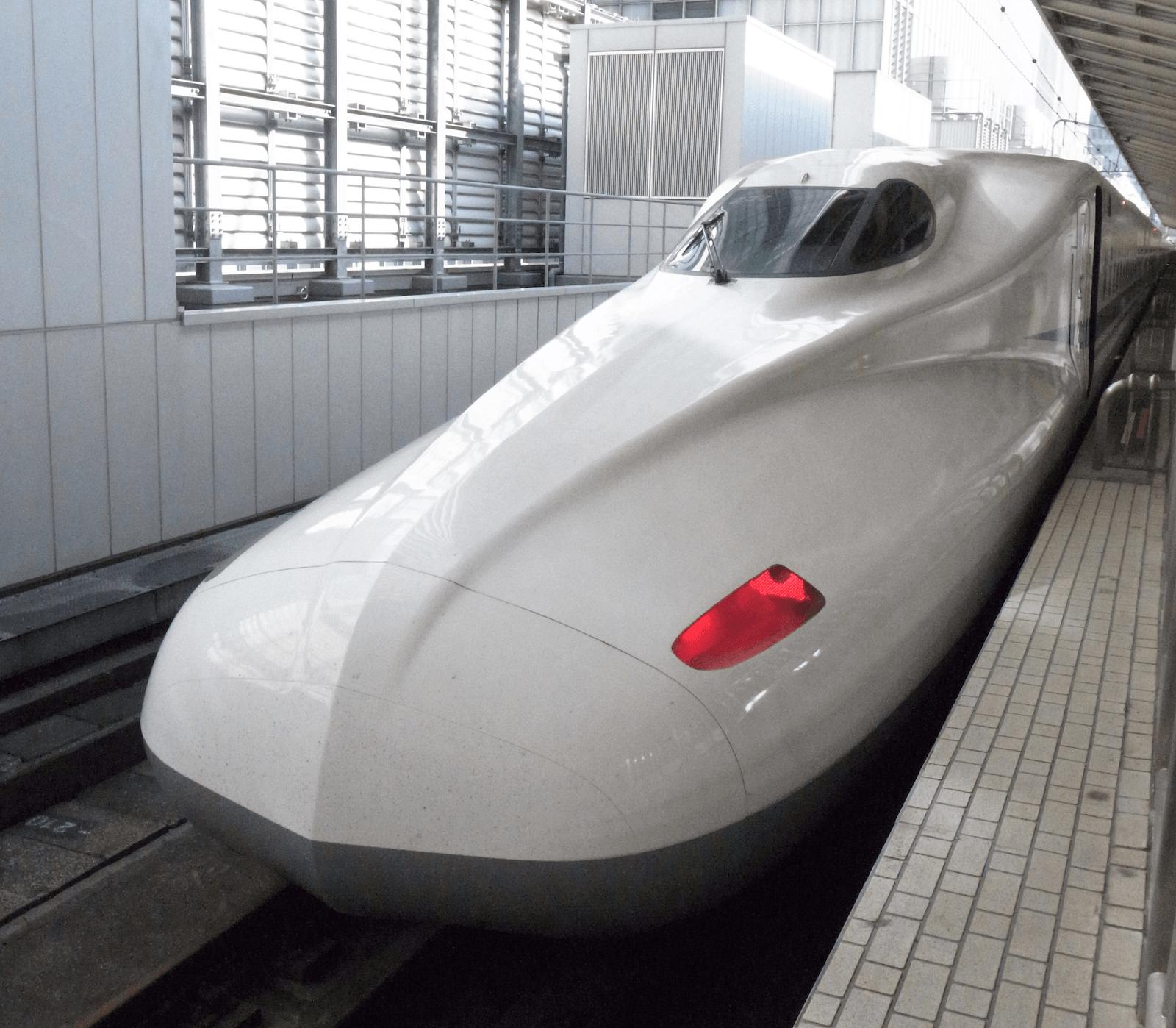 大阪から東京に移動するのにいろいろ調べたら、新幹線 最強 と思った次第です。