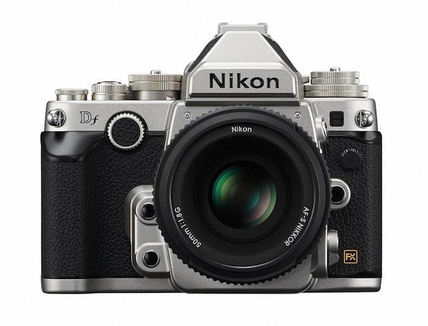 """Nikon Df 登場!写真の復権か?一目惚れした理由を探ってみたら""""小型軽量なのにフルサイズ最高スペック""""だと思った。"""