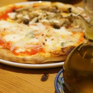 【大阪 福島 おいしいお店 】ルーチェ 笑顔になれるピザと出会いました。