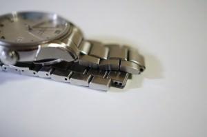 """""""HAMILTON バリアントオート"""" 腕時計の金属バンドが壊れたので調べてみた。"""
