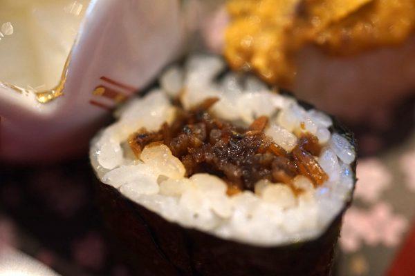 いかなごの巻き寿司