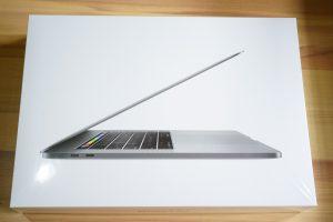 MacBookPro15インチの箱